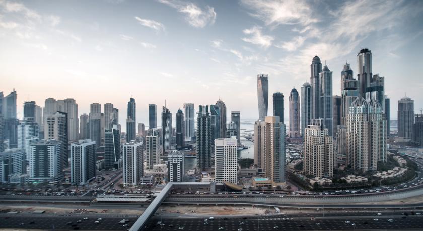 Pullman Jumeirah Lakes Towers